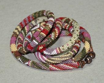 Victoria ... Bead Crochet . Necklace . Nostalgic Colors . Brick Red . Mauve . Olive . Cream . Stripes . Spots . Chevron . Beautiful Gift