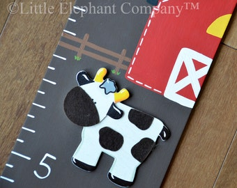Farmyard Wooden Growth Chart with Barn, Cow, Pig, Sheep, and Rabbit, handpainted, FREE nail cover and personalization