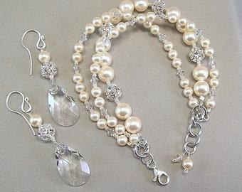 Cream Pearls and Crystal Bracelet and Earring Set, Swarovski Rhinestone Jewelry, Jewelry Sets, Crystal Jewelry, Crystal Bracelet