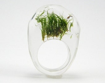 Moss Ring, Resin Ring, Unique Clear  Resin Ring with Natural Moss, Woodland Ring, Resin Jewelry, Botanical Ring
