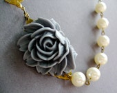 Statement Necklace Flower Necklace Bridesmaid Gift Pearl Necklace Wedding Necklace Bridal Necklace Bridesmaid Jewelry Bridesmaid Gift