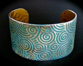 Beautiful Anodized Swirl Bracelet Cuff in Elegant Gold, Turquoise and Silver 1-1/2 Inch Wide - Food Safe Aluminum