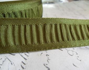 7/8 Olive Green Shirred Ribbon