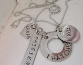 Baby-proof personalized Mama family stainless steel name necklace (choose your shapes)