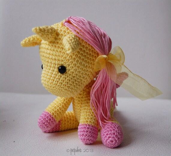 Tutorial Rose Amigurumi : Amigurumi Crochet Unicorn Pattern Peachy Rose the Unicorn