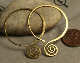 Handmade hammered solid brass double circle earwire, one pair (item ID LEB38G18)