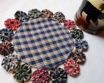 YoYo Round Mat Candle Holder Primitive Placemat
