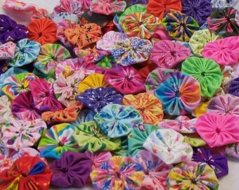 Fabric Flowers Hair Clip 40 Bobby Pin Barrette Rainbow Card Making Scrapbook YoYo Quilt Headband Embellishment