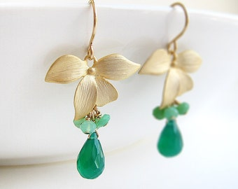 Emerald Earrings - Green Onyx drop and chrysoprase cluster gemstone with gold flower, May birthstone, bridesmaid gift - Dogwood Flower