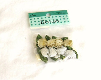 Roses, rosettes, silver, gold, green, adhesive back, 8 pieces, F, destash
