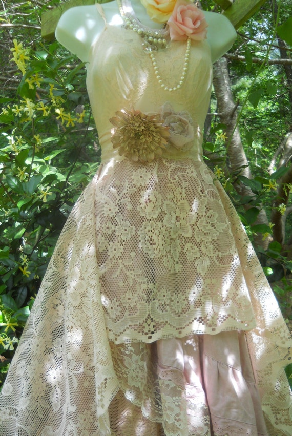 Boho Lace Wedding Dress Etsy : Boho wedding dress lace fairytale bridesmaid rose vintage