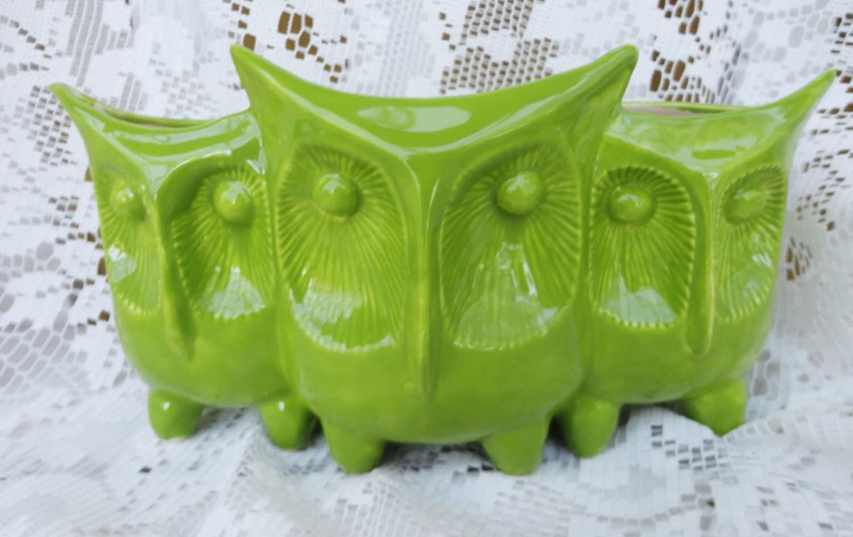 Ceramic owl planter home decor in kiwi green vintage owl for Decoration kiwi