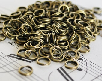 50 6mm Antiqued Brass Split Rings
