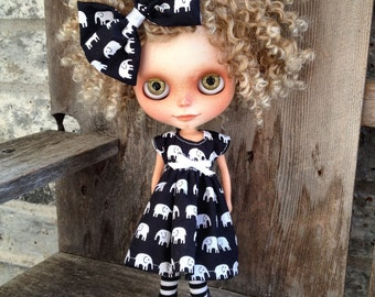 dolly molly ELEPHANTS dress  for BLYTHE doll navy
