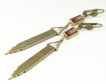 Art deco Gatsby earrings brass tassel drops ruby emerald amethyst rhinestone hollywood glamour vintage style