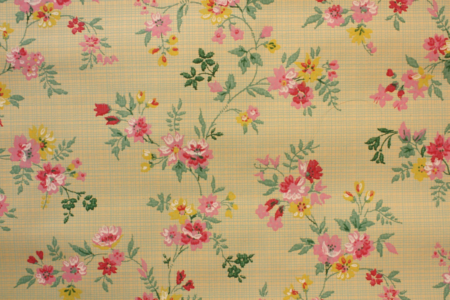 1920 39 s vintage wallpaper pink floral on a green plaid so