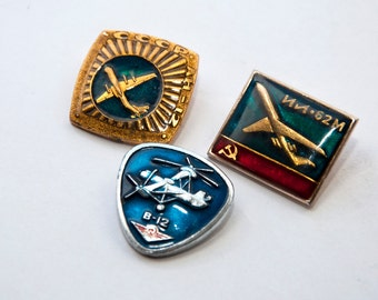 3 Soviet USSR CCCP era Russian flight airplane pins, badges