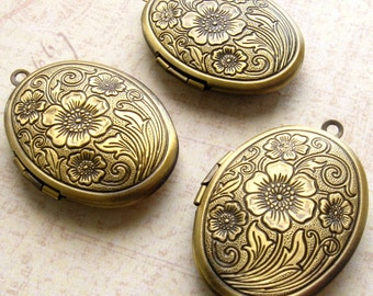 Brass Locket with Antique Bronze Finish - Set of 3 - Floral Design Oval - 34 x 24mm (BC0004)