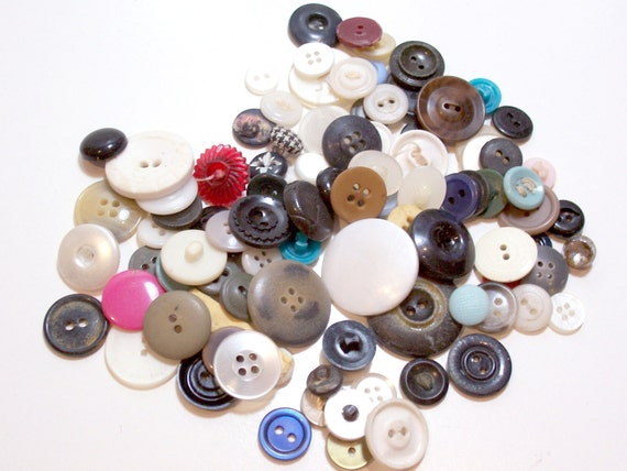 Vintage Mixed Button Lot x 100 pieces number 1 CLEARANCE/ Craft Supplies/ Buttons and Closures