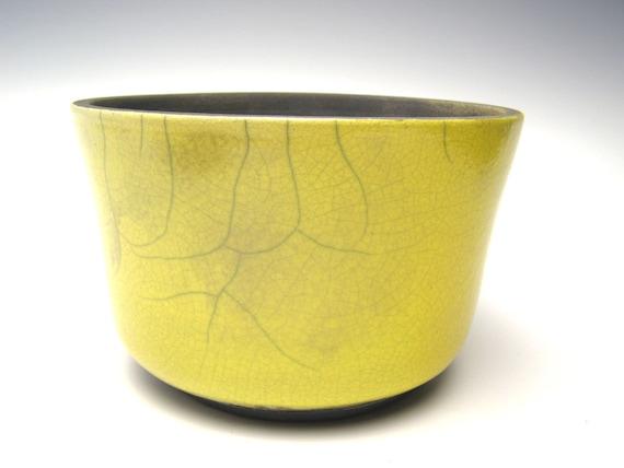 pot de succulentes planteur raku jaune crackle raku la main. Black Bedroom Furniture Sets. Home Design Ideas