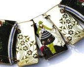 Art Deco Style Bracelet - Art Deco - Green Flowers - Shrink Plastic - Link Bracelet - Plastic Bracelet - Deco Lady - Pink - Green - Black