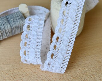 2.5cm x 2yards (white) cotton crochet lace trim (S671)
