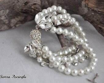 Bridal Pearl Bracelet, Wedding Jewelry ,Pearl Wedding Bracelet , Weddings Glass Pearl Bracelet with Rhinestones ,brides , bridesmaids