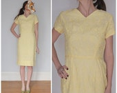Vintage 50s Light Yellow Wiggle Dress with Embroidered Pattern | Small