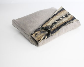 Vintage Snakeskin and Wool Envelope Clutch   Natural Woven Fiber Bag   1970s Avant Garde Purse