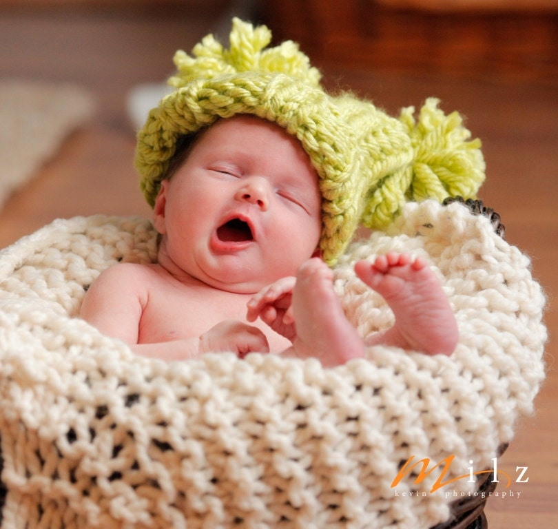 Knitting Pattern For Baby Jester Hat : Super Chunky Ribbed Jester Pompom Baby Hat Knitting Pattern