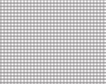 Riley Blake Designs, Small Gingham in Gray (C440 40)