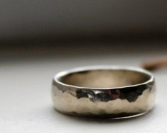 6mm Hammered White Gold Wedding Band - Unisex, Men, Women