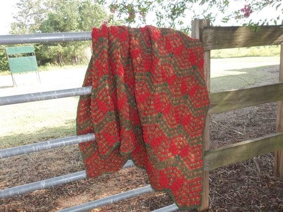 Vintage Afghan Crochet Throw Farmhouse Handmade Coverlet Bedspread Picnic Blanket Beach Cottage Throw Photo Prop