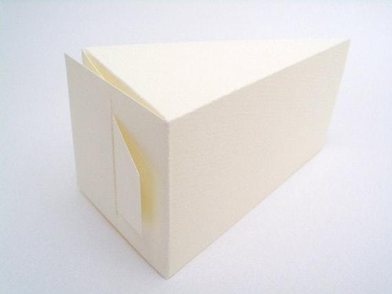 items similar to 50 large ivory white wedding favor slice cake boxes 220 gsm on etsy. Black Bedroom Furniture Sets. Home Design Ideas