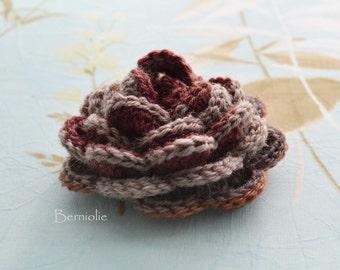 Crochet flower brooch, shawlpin, brown I914