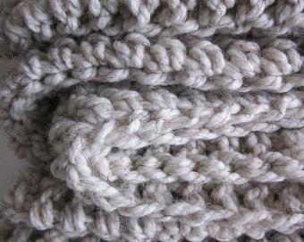 Chunky cozy knit crochet wool throw blanket // Wheat