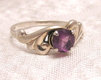 Vintage Kabana KBN Sterling and Amethyst Ring J144