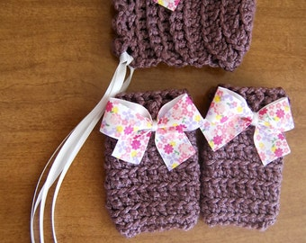 Newborn Dusty Purple Bonnet with matching Legwarmers.... Ready to ship