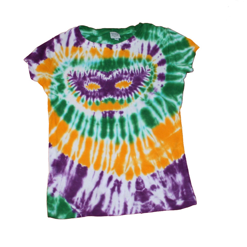 Tie Dye Shirt With Mardi Gras Colors And A Mardi Gras Mask