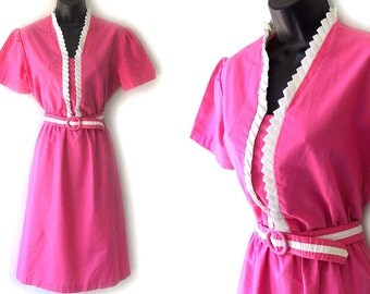 70s 80s Pink with White Ruffled Bib Dress with Belt M