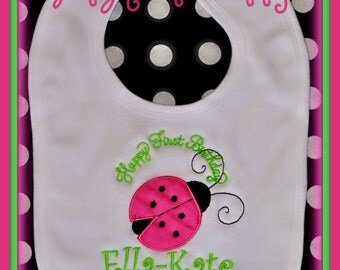 Ladybug Birthday Bib, Personalized Baby Bib, Cake Smash BIB, First Birthday Bib, Ladybug Birthday, Baby Birthday Gift, Baby Shower Gift,