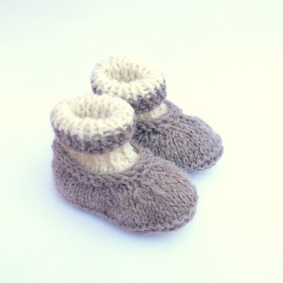 Instant DOWNLOAD Knitting PATTERN BABY Booties Boots Shoes