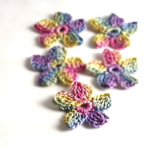 Crochet Applique Mini Flower Motif Flower Embellishment Pink Blue Yellow  Purple Crochet Flower Applique Crochet Motif Crochet Flower Motif
