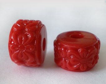16x10mm Red floral Etched Acrylic rondelle beads - 6pcs