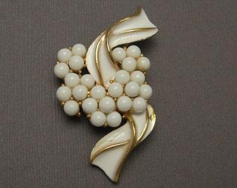 Vintage Brooch White Crown Trifari P5450