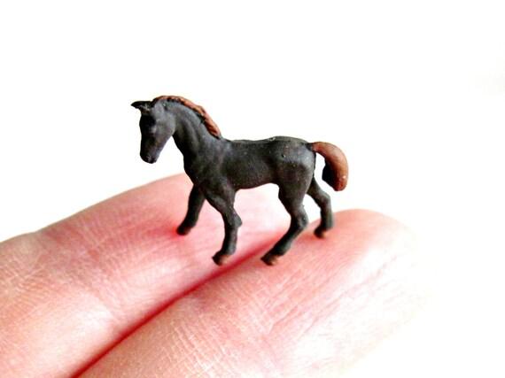 Miniature Horse Figurine Terrarium Decoration For Mini Fairy