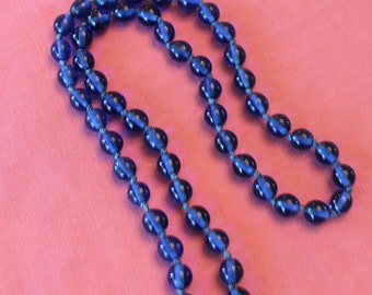 Vintage cobalt glass bead necklace