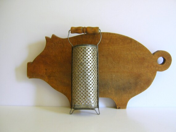 Vintage Nutmeg Grater Wood Handle Patina