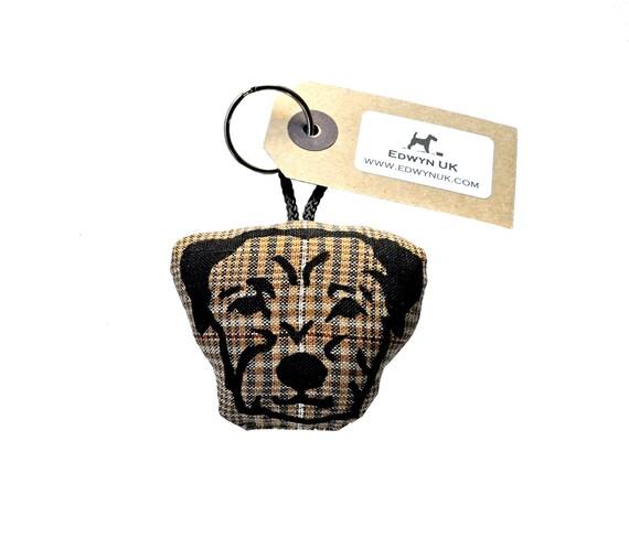 Border Terrier Keyring - check linen