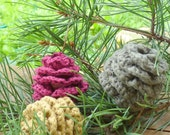 Pinecone decoration Crochet pine cone acorn ornaments woodland nursery decoration fall Weddings favor Birthday party decor autumn Christmas